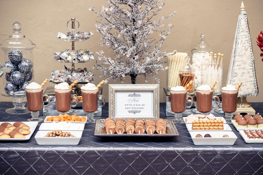 Foto mesa de dulces en boda de marta 997023 habitissimo for Mesas de dulces para bodas precios