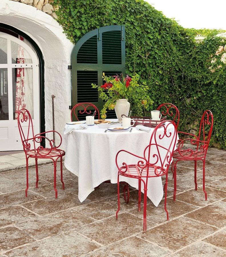 Renueva las sillas de tu terraza por muy poco dinero - Mesa de jardin con sillas ...