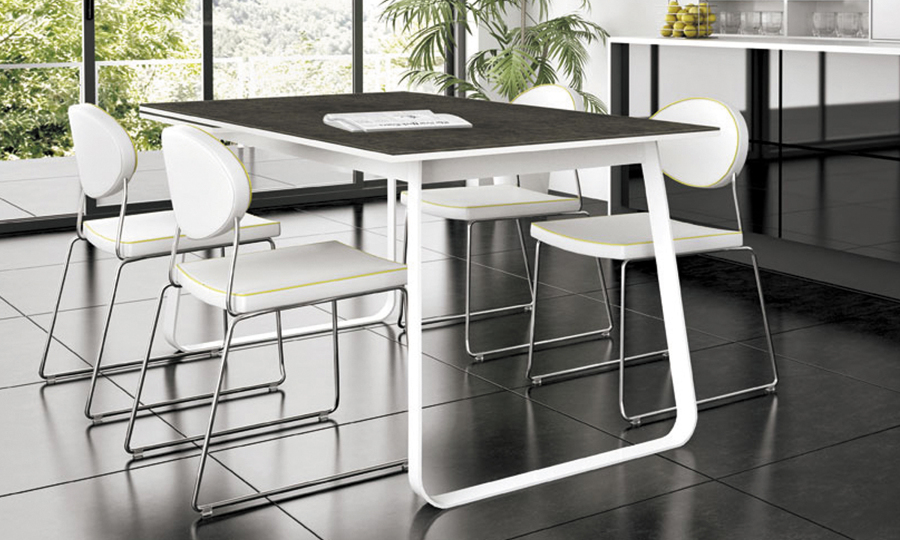 Foto mesa mika comedor o cocina de sofaspain 970619 for Mesa cocina sevilla