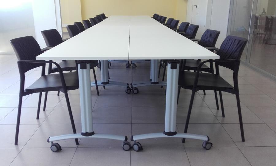 Mesas con ruesdas