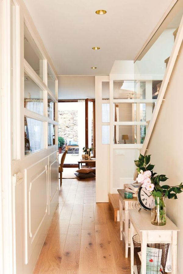 pasillo mezcla de comodidad y diseño