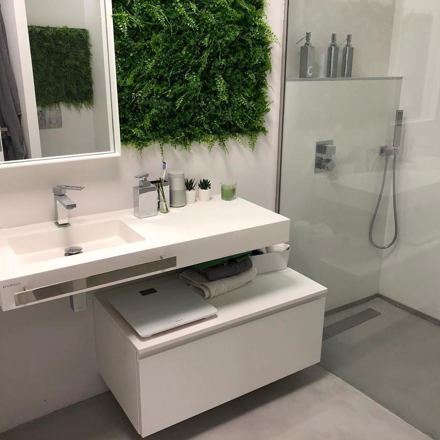 Microcemento en baño y plato de ducha