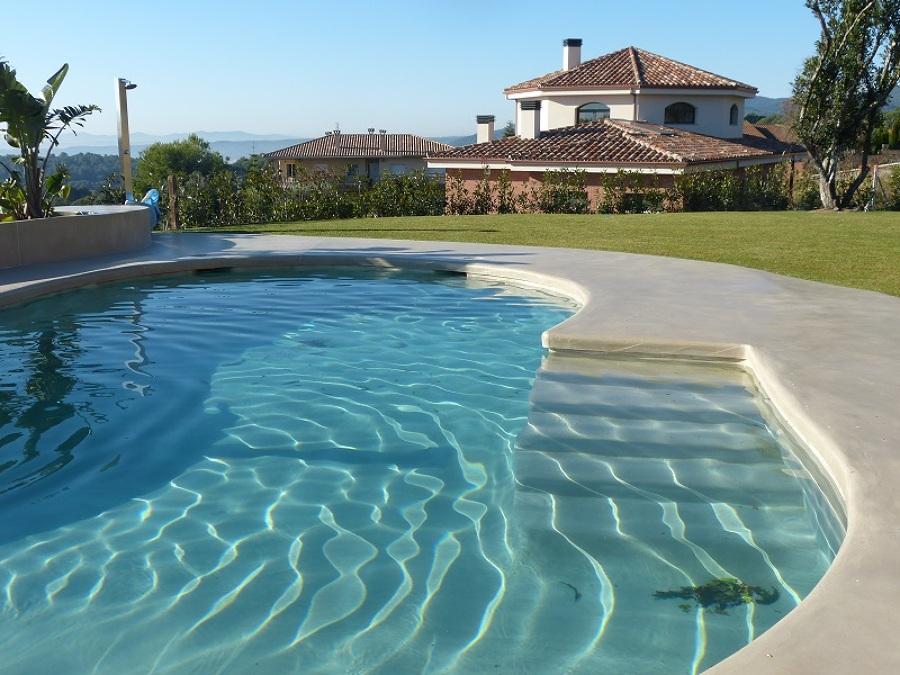 Microcemento en piscinas.