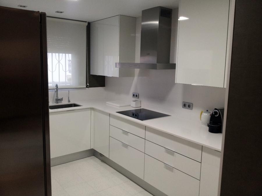Foto mirele home proyectos hoteles cocinas ba os for Cocinas jaen fabrica