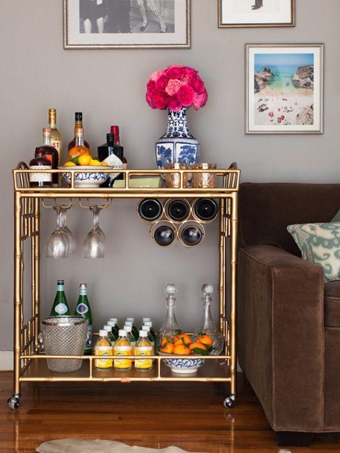 mini bar en dorado