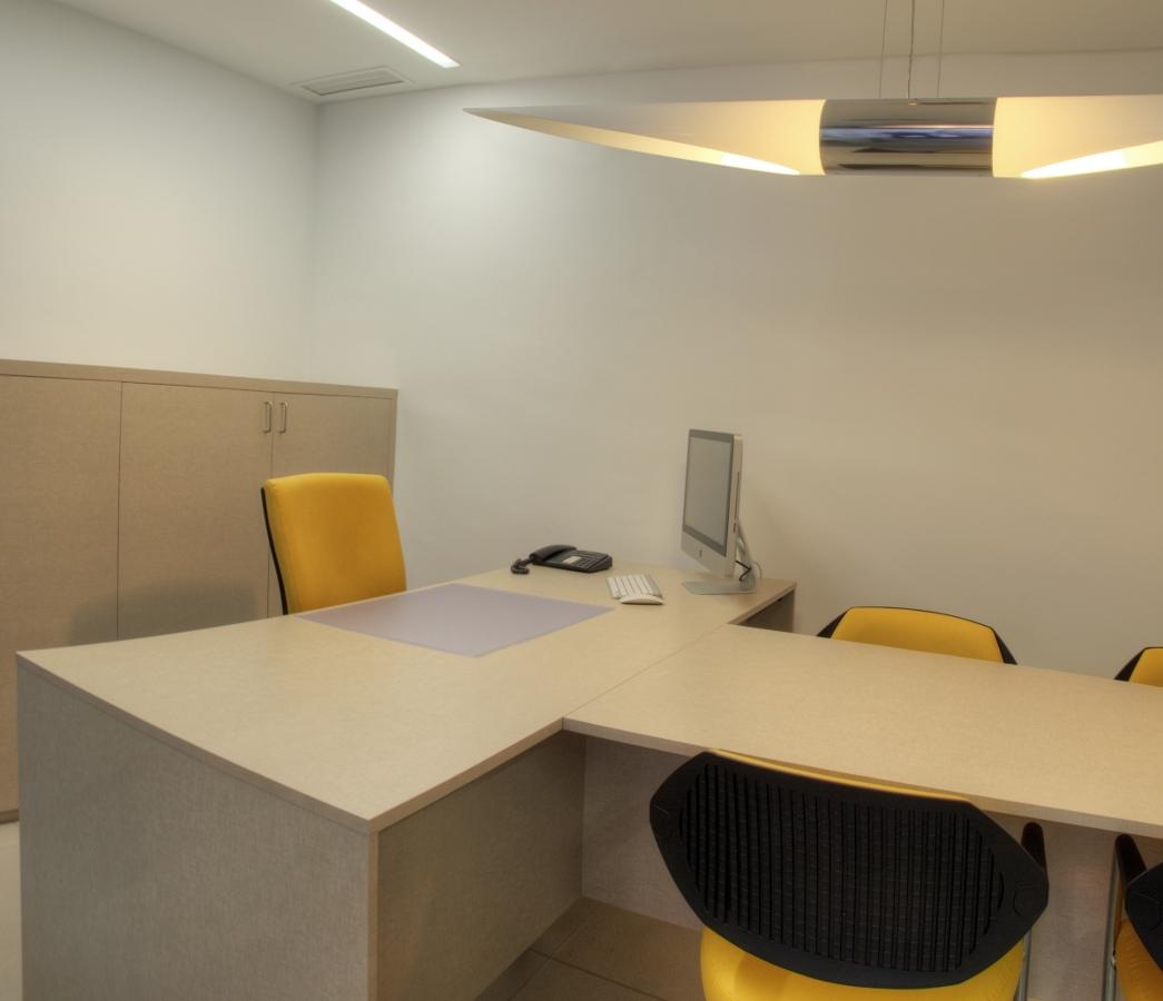 Foto mobiliario a medida para locales comerciales de torres estudio arquitectura interior - Mobiliario a medida ...