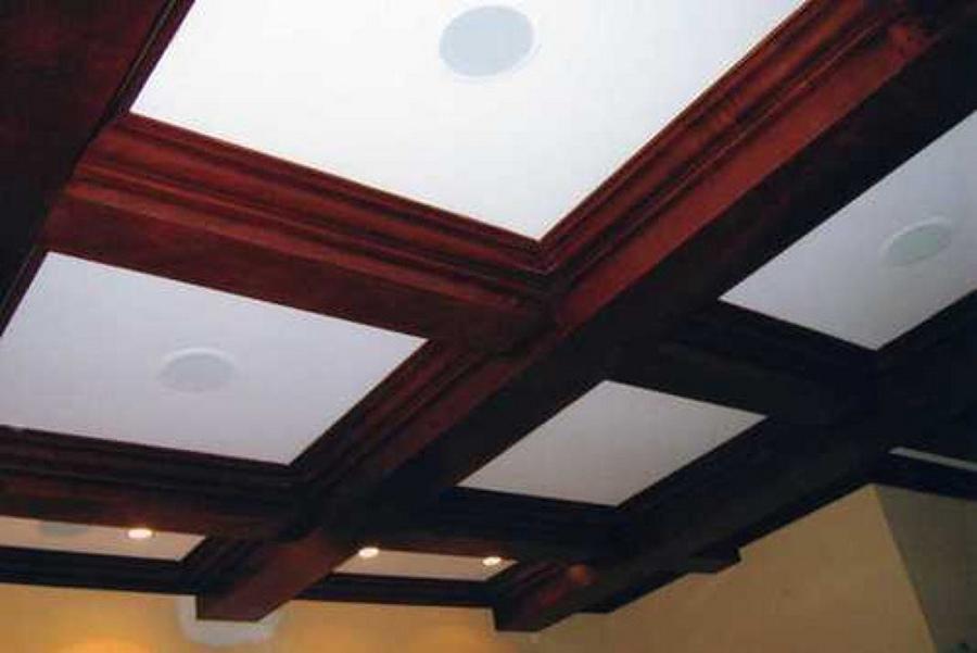 Molduras para el techo ideas reformas viviendas for Molduras de madera para pared