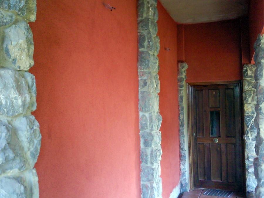 Proyectar monocapa en toda la superficie de fachada de - Fachadas con monocapa ...