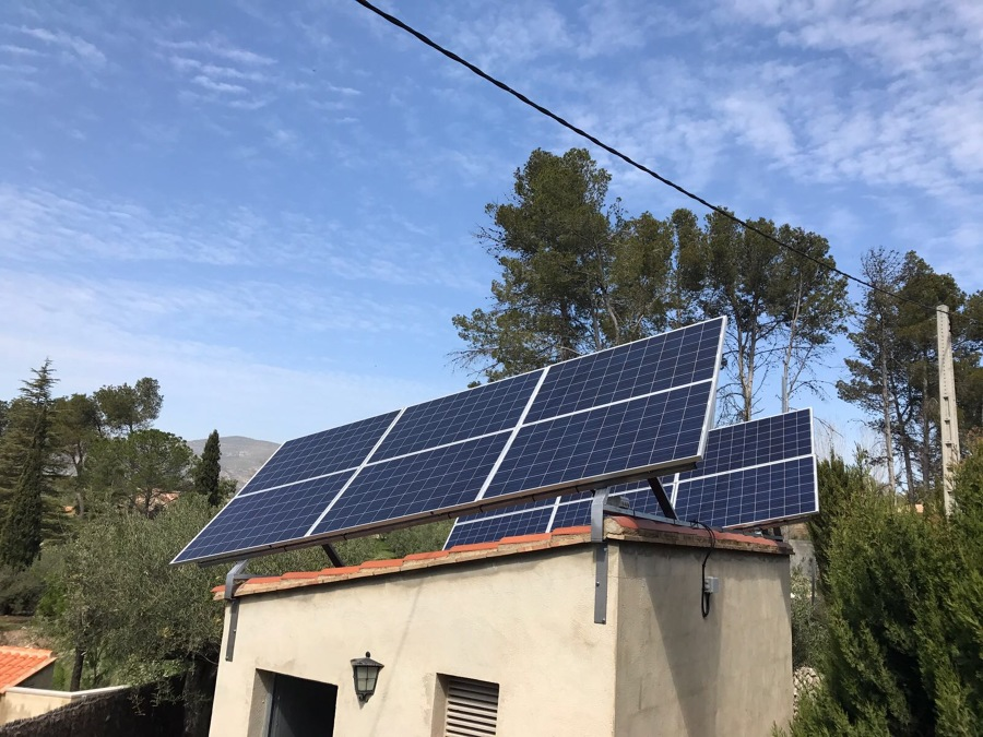 Montage de modulos fotovoltaicos
