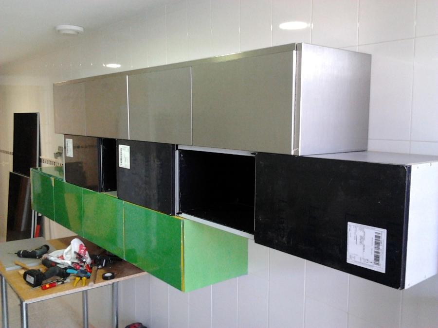 Instalación Mobiliario de Cocina Diseñado por los Clientes  Ideas Reformas C...