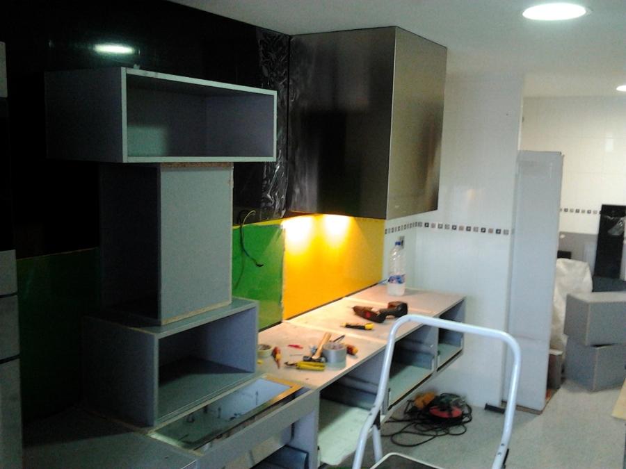 Foto montaje muebles de cocina 21 de vertegar xxi s l - Montaje de cocina ...