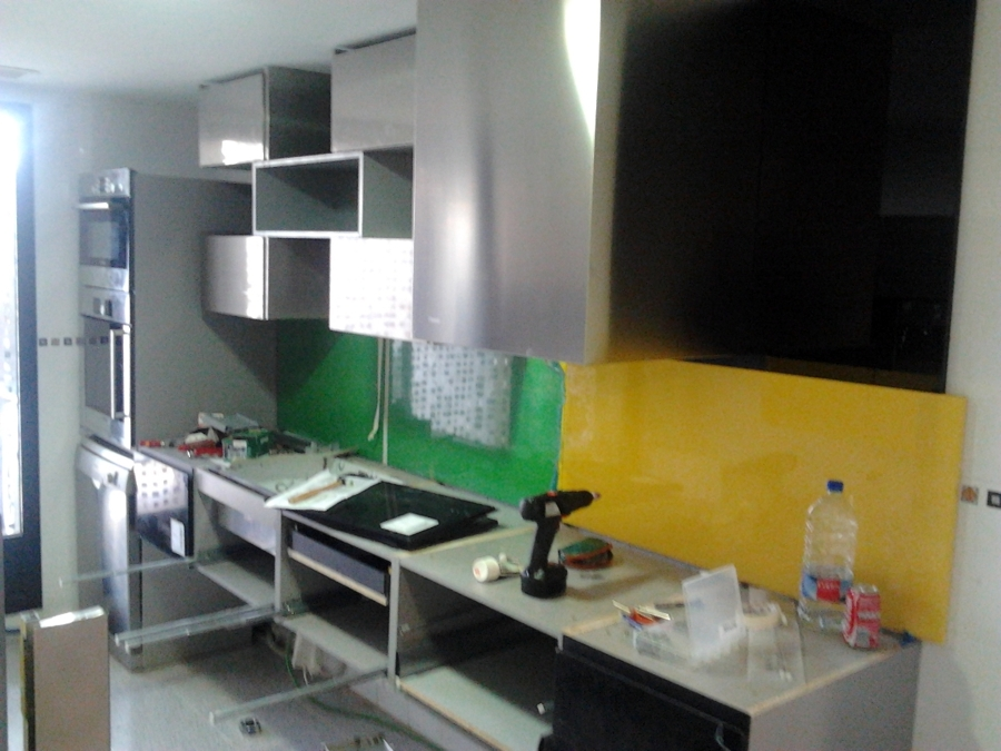 Foto montaje muebles de cocina 24 de vertegar xxi s l - Montaje de cocina ...