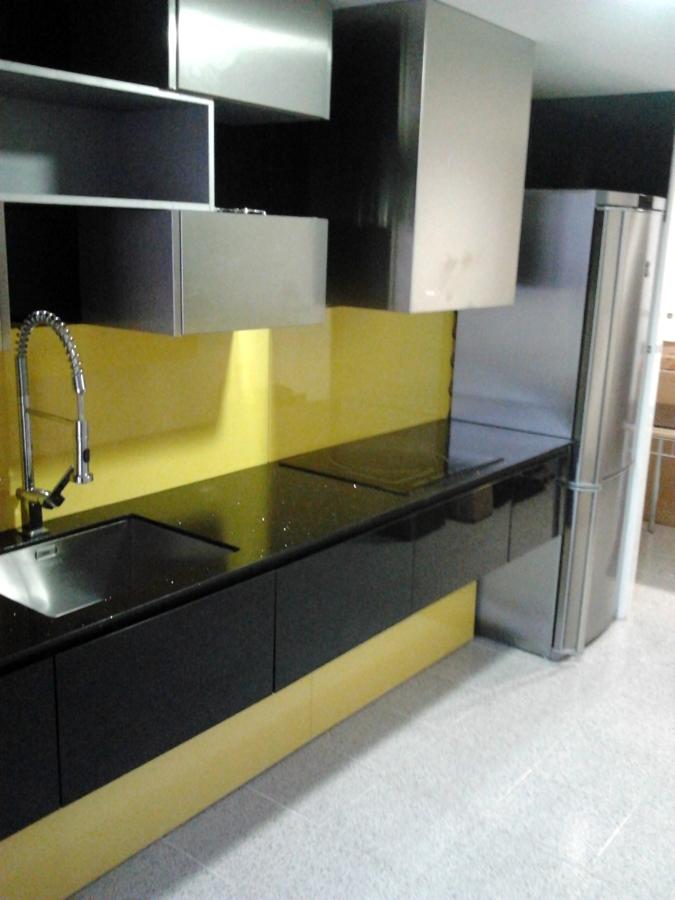 Foto montaje muebles de cocina 9 de vertegar xxi s l - Montaje de cocina ...