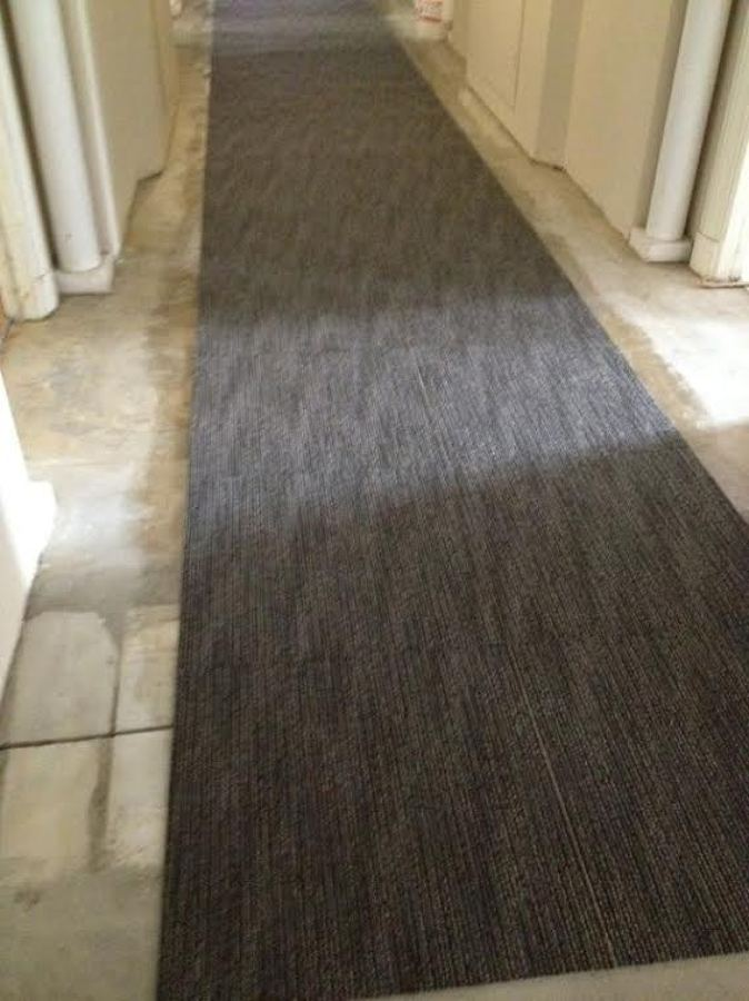 Reforma de un hotel en sevilla ideas rehabilitaci n for Moqueta pasillo