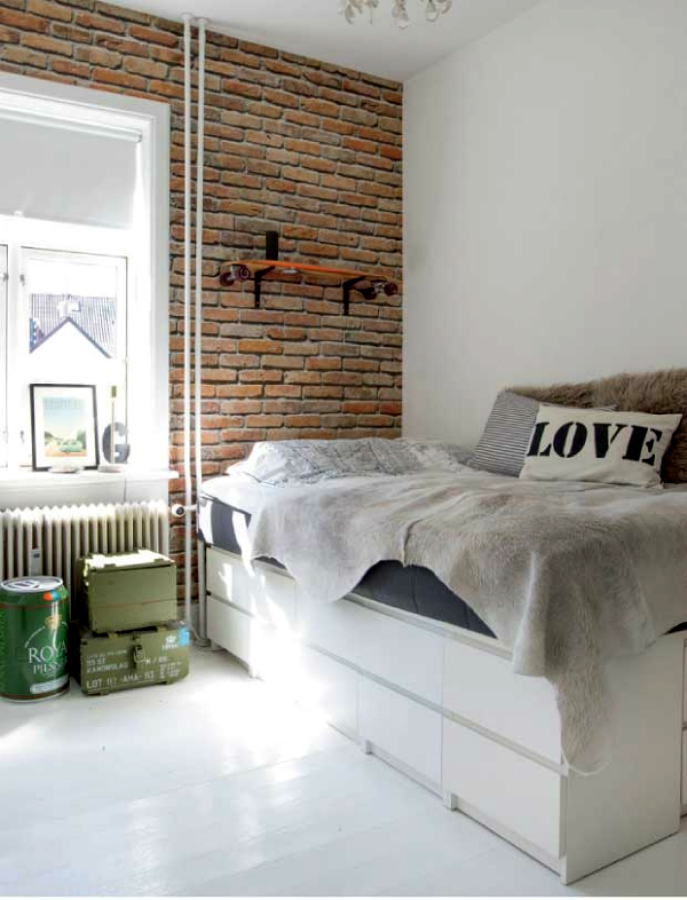 Dormitorio con papel de pared