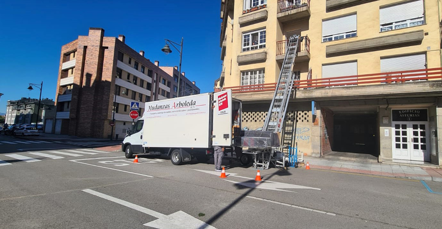 Mudanza a Lugones, Asturias