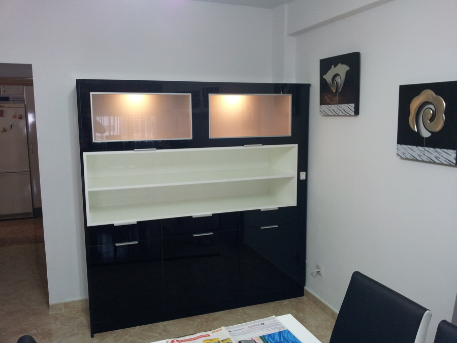 Foto mueble aparador para sal n de decora cocinas for Mueble salon lacado alto brillo