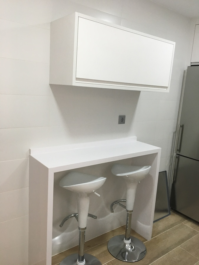 Mueble auxiliar diseño exclusivo de la propiedad