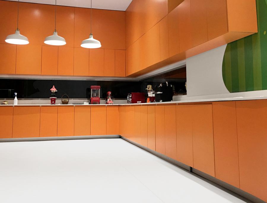 Mueble completo de la cocina del parque infantil