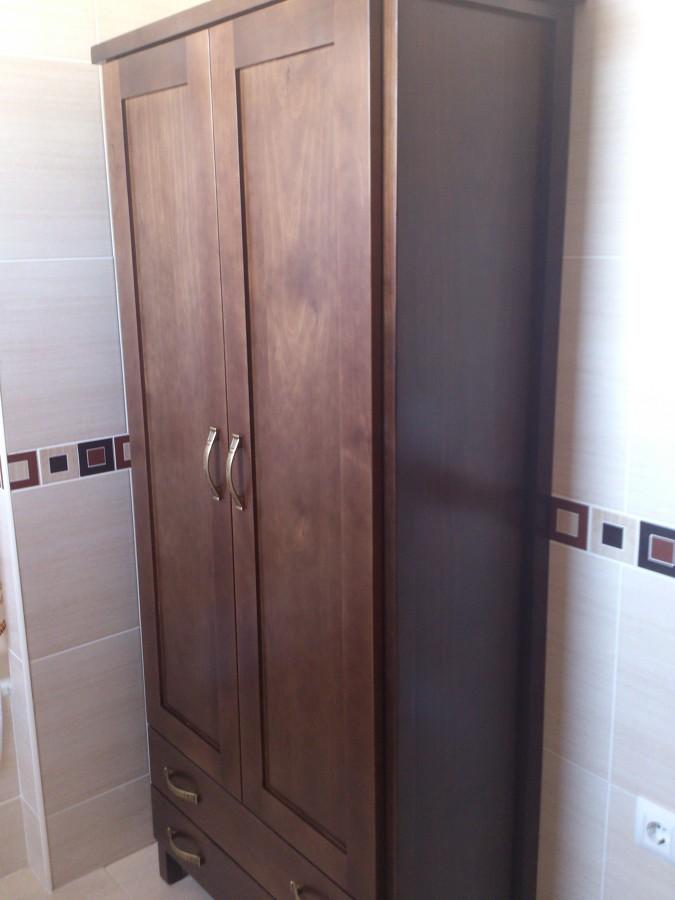 Mueble de baño a medida en madera