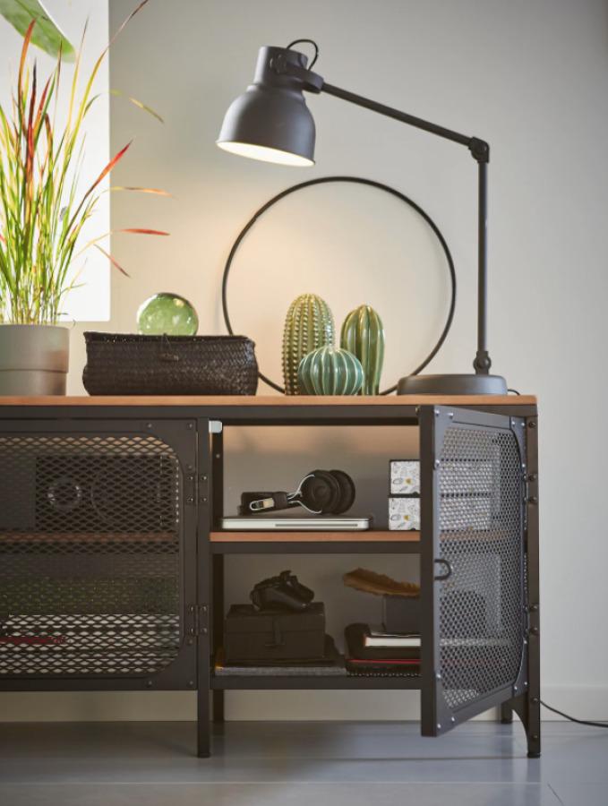 Mueble de estilo industrial de IKEA