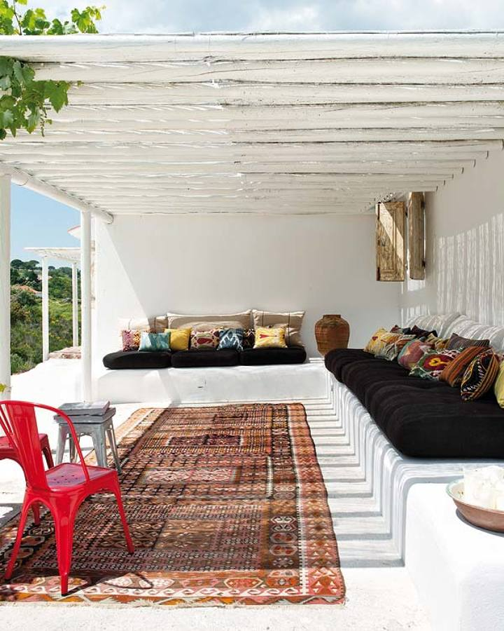 Crea rincones de obra para decorar tu exterior ideas for Mueble de obra