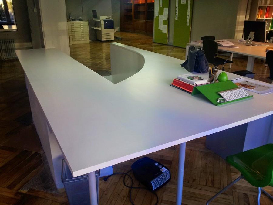 Mueble diseñado para la ocasión