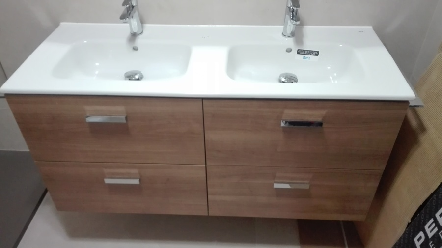 Mueble doble lavabo roca