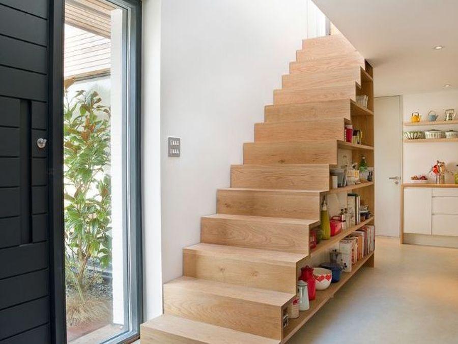 Mueble en escalera