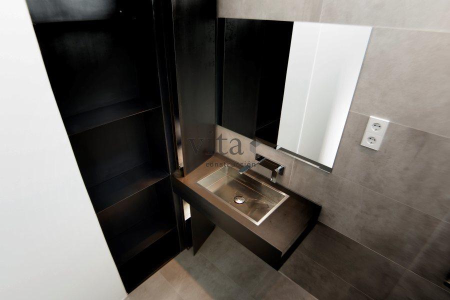Mueble lavabo y baño hierro lacado