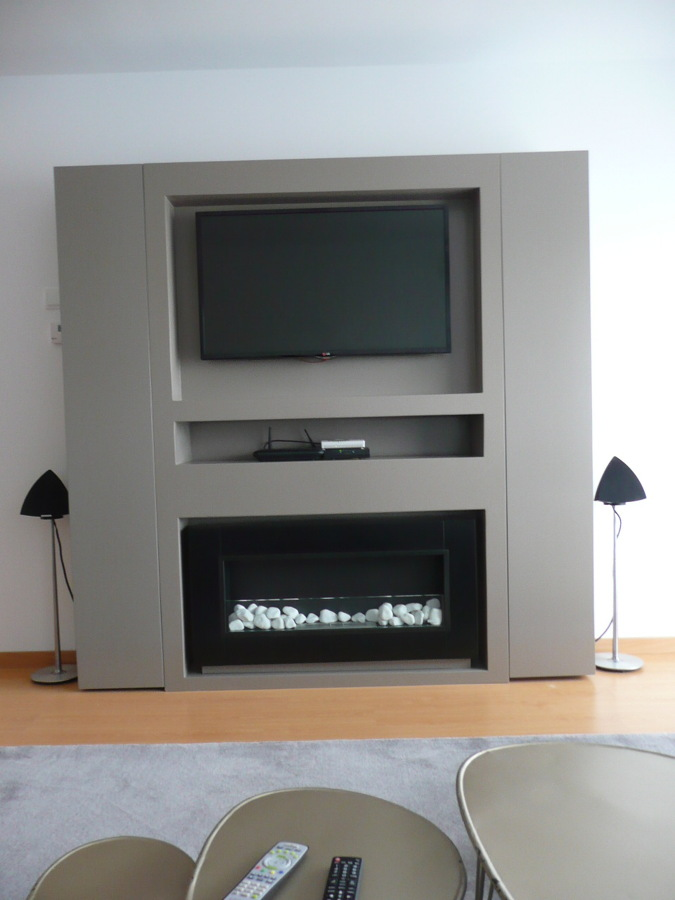 Foto mueble tv y chimenea de nathurai cotton 623180 - La chimenea muebles ...