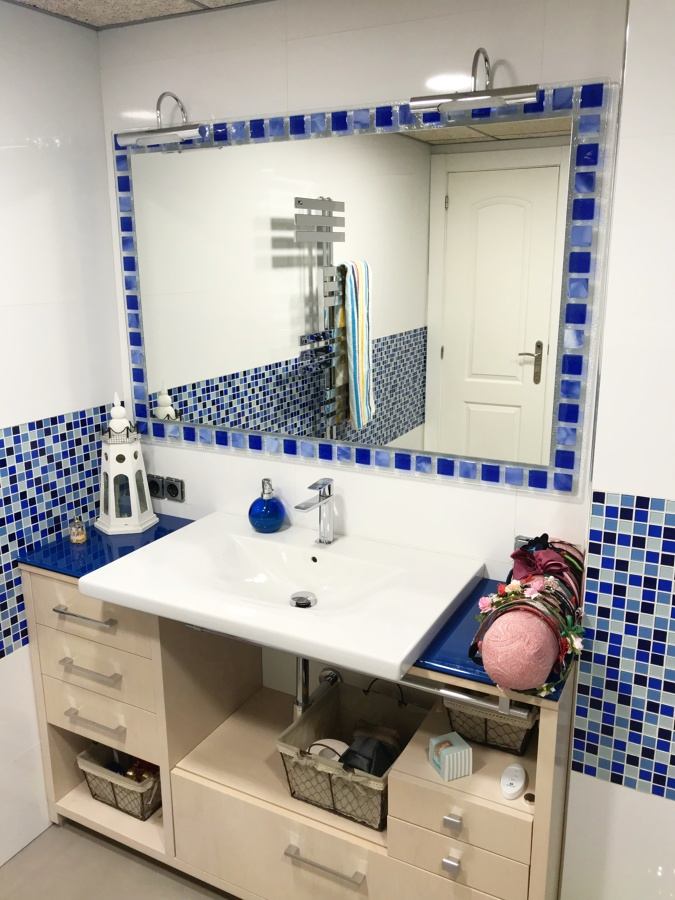 Mueble y Radiador toallero