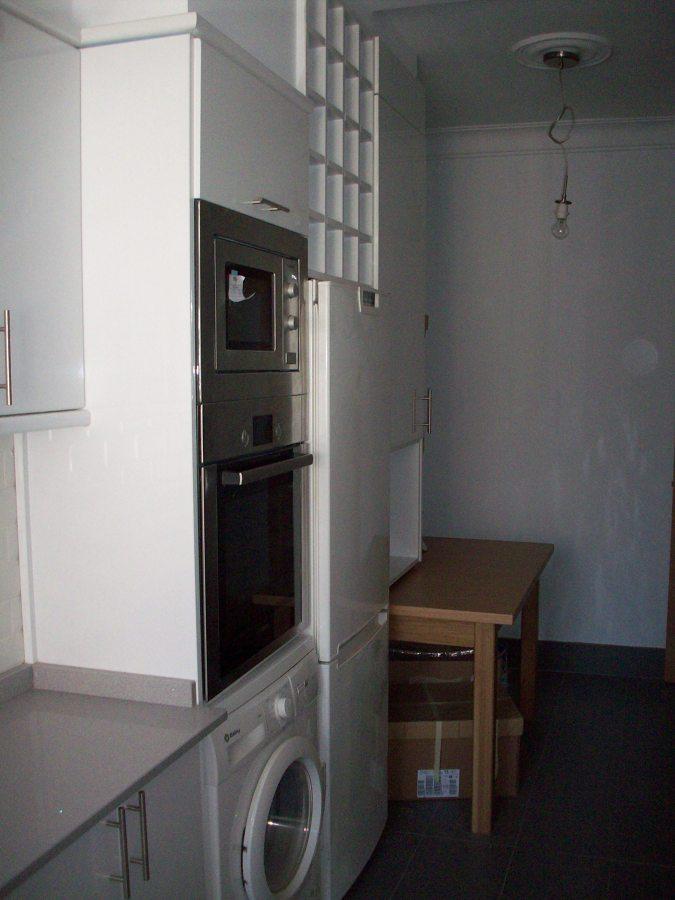 Foto muebles cocina en formica muebles brillo de - Muebles de cocina de formica ...