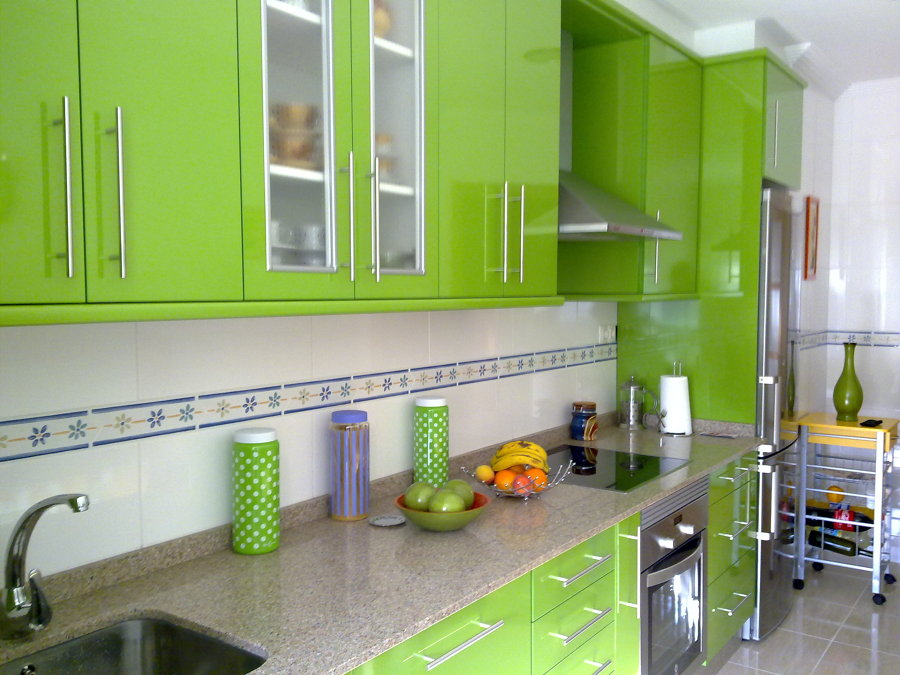 Foto muebles cocina en formica muebles brillo de for Muebles de cocina de 70 o 90