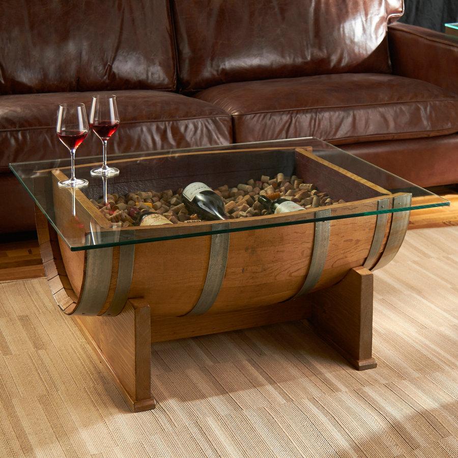 Muebles con barriles de vino