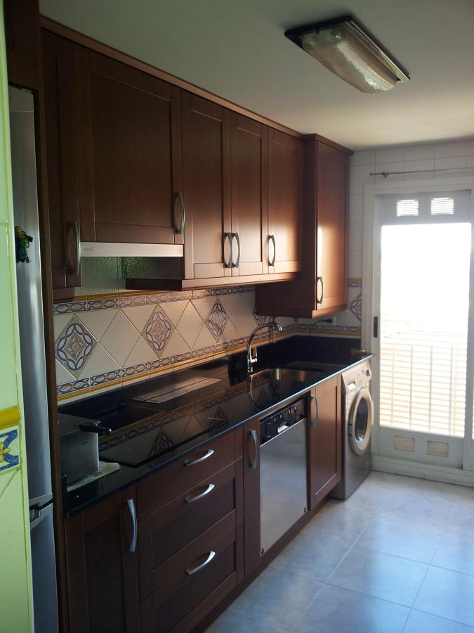 Foto muebles de cocina madera de decora cocinas - Muebles de cocina en ciudad real ...