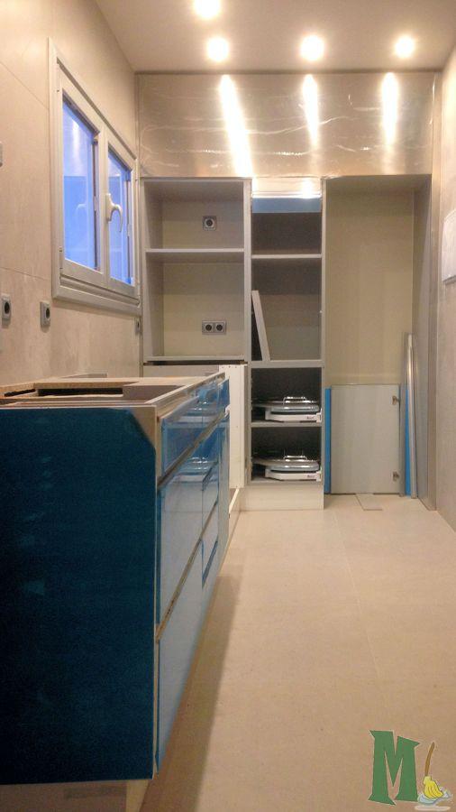 Servicio de montaje de muebles y carpinter a en asturias for Muebles de cocina asturias