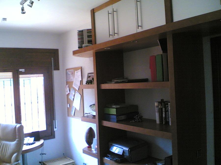 Muebles de estudio. Esquina final.
