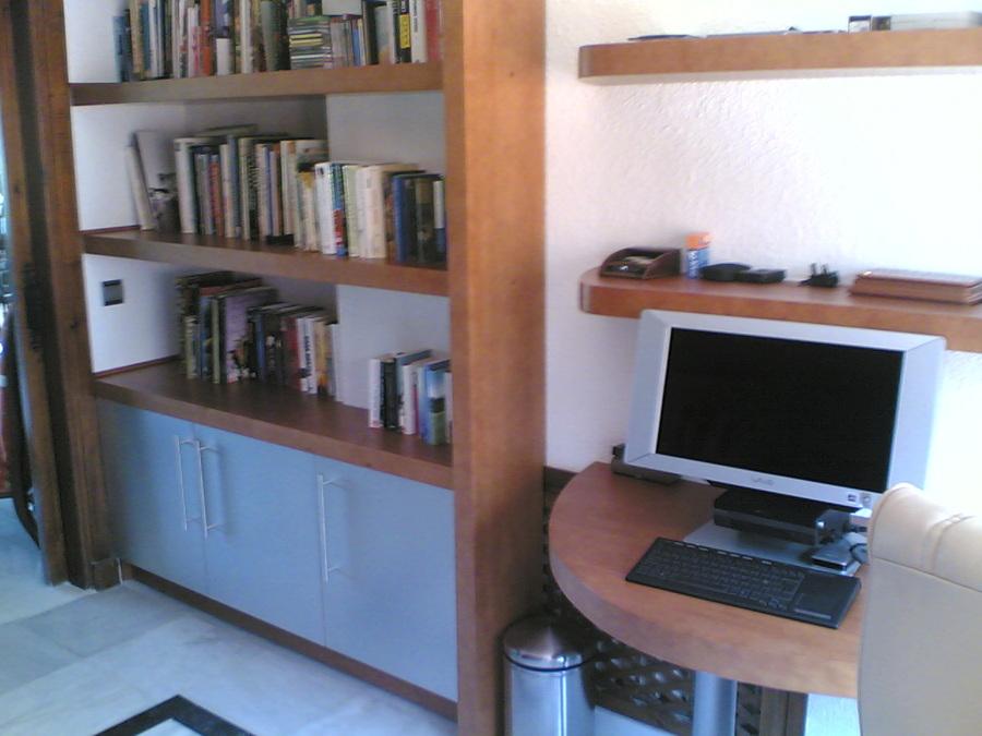 Muebles de estudio. Parte inferior.