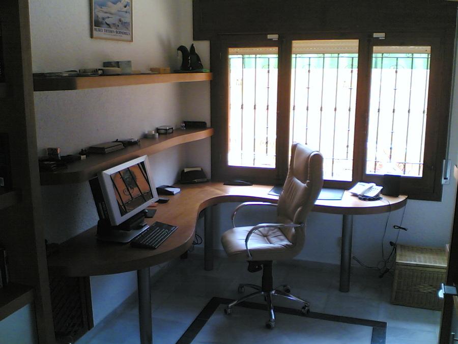 Muebles de estudio. Zona de PC.
