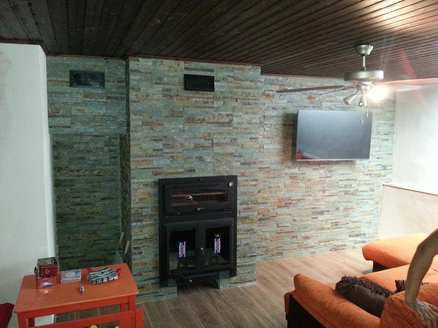 Foto muro aplacado piedra pizarra chimenea horno de - Piedra artificial malaga ...