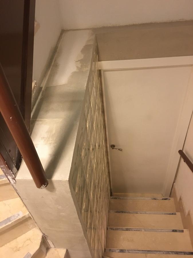 Levantar muro con bloque de vidrio ideas reformas viviendas - Muro de bloques ...