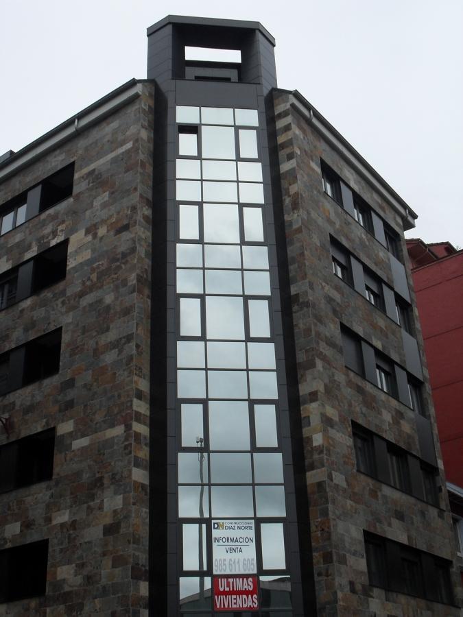 Muro de Cortina de Aluminio en Gris Grafito
