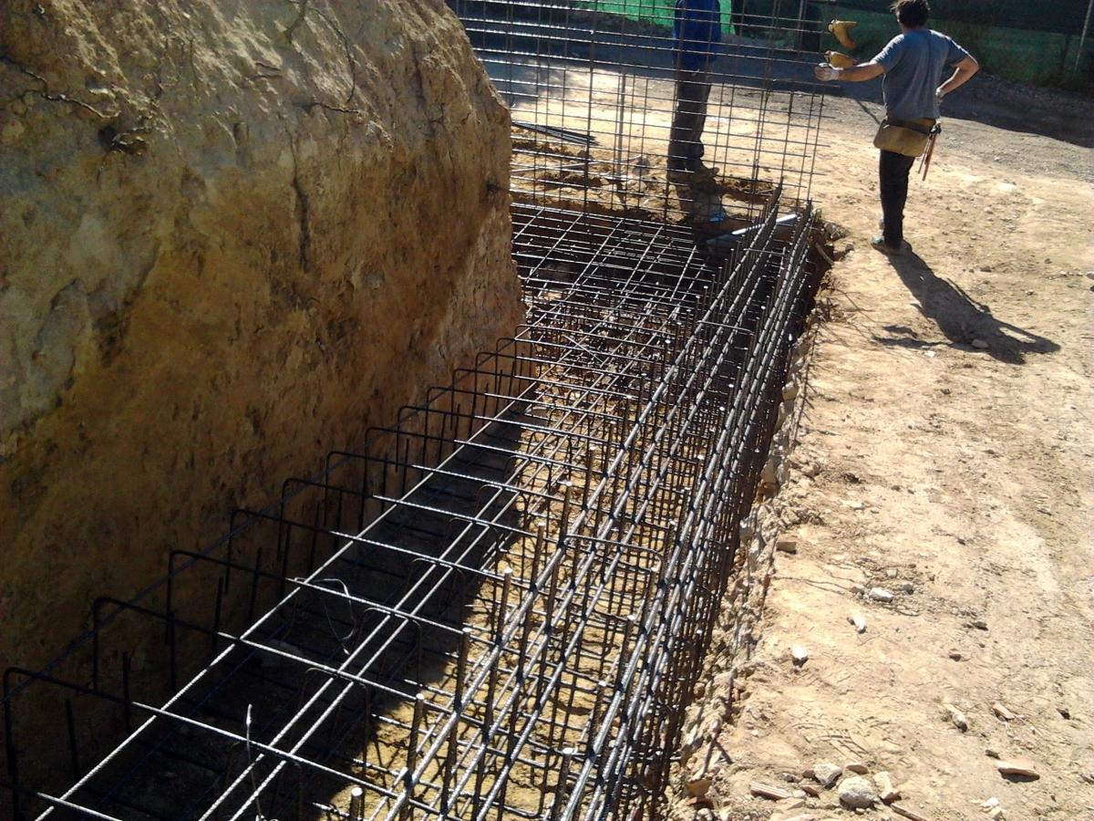 Foto muro de hormig n de construcciones za gar s l 220238 habitissimo - Muros de hormigon ...