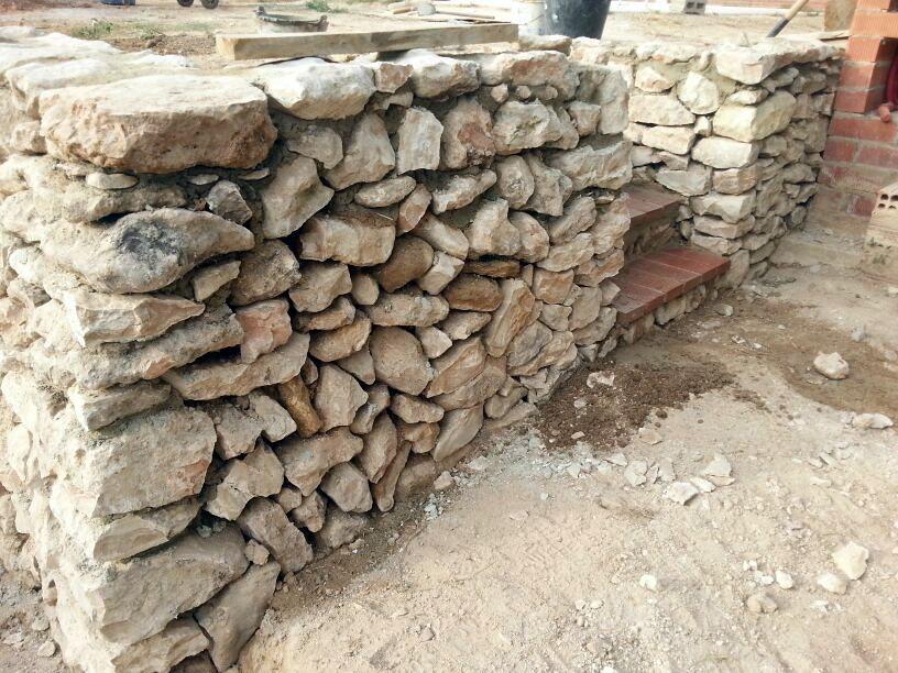Muro piedra seca ideas alba iles - Muros de piedra construccion ...