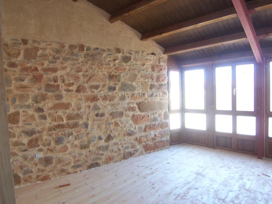 Muro rahabilitado de piedra