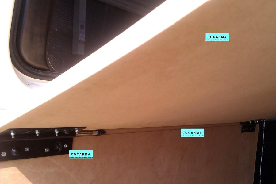 Creando mueble para almacenaje y cama en furgoneta ideas for Muebles para furgonetas