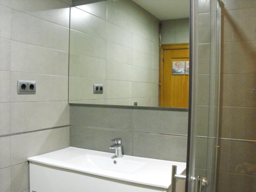 Final de obra baño, reforma baño c/ Cultura L'h .