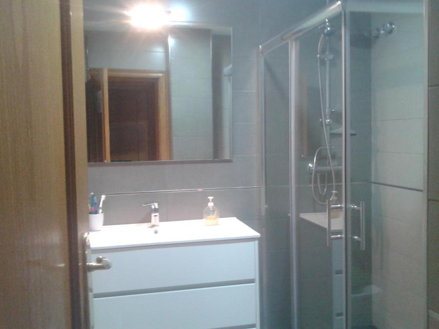 Reforma baño integral L'h.