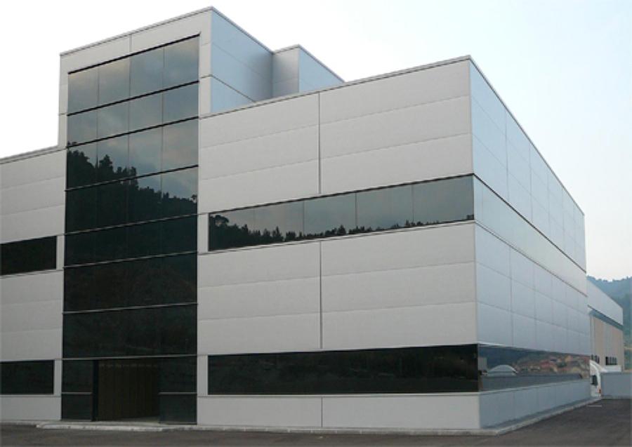 Naves industriales y equipamiento oficinas ideas for Oficinas industriales modernas